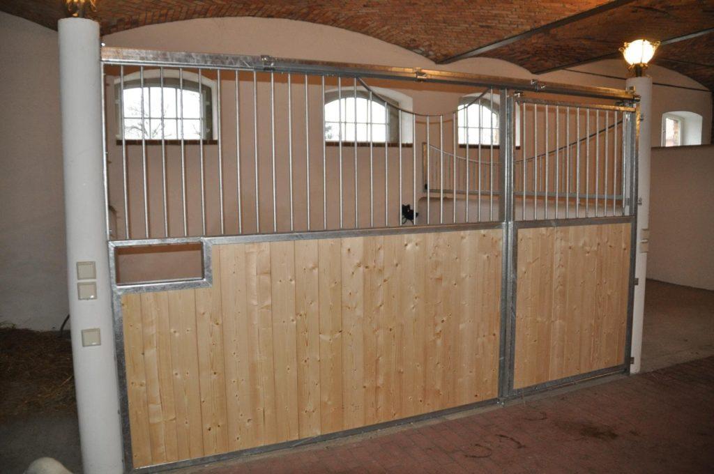 Stahlbau IWUP Stallboxen 5-min