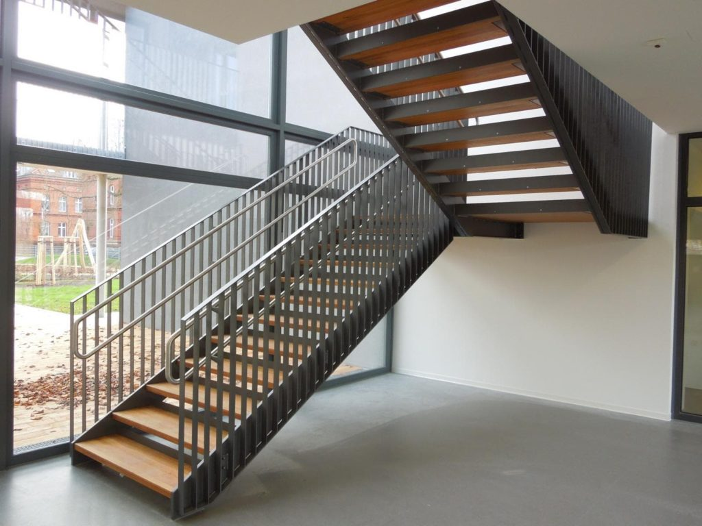 Stahlbau IWUP Treppen